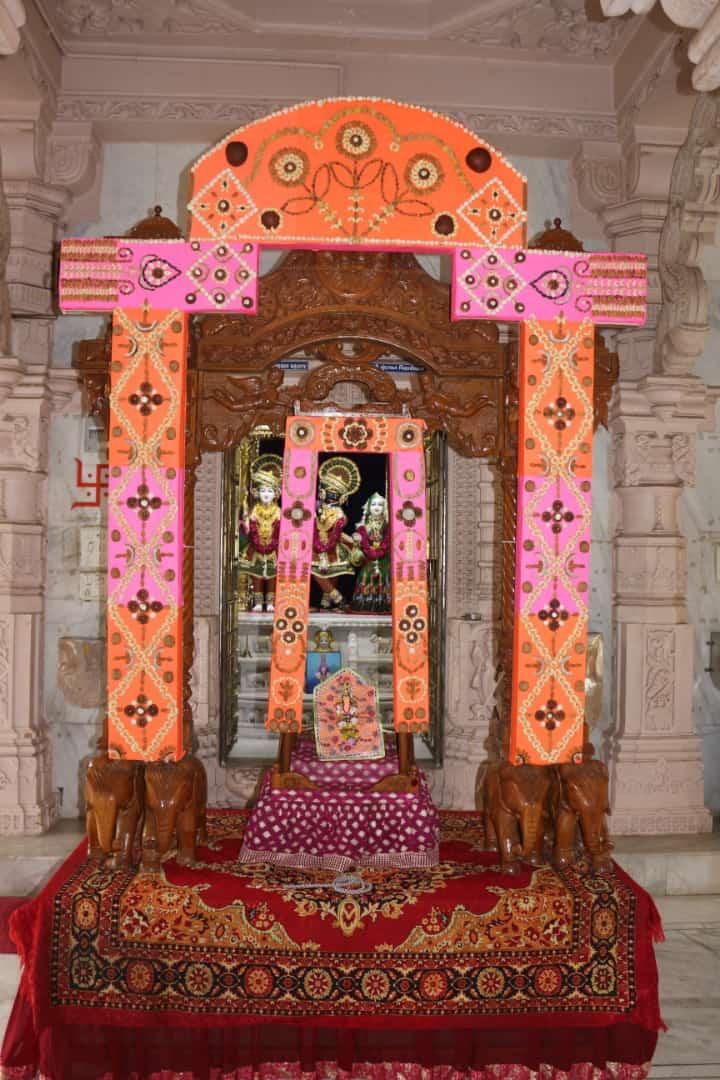 Hindol Darshan 2018