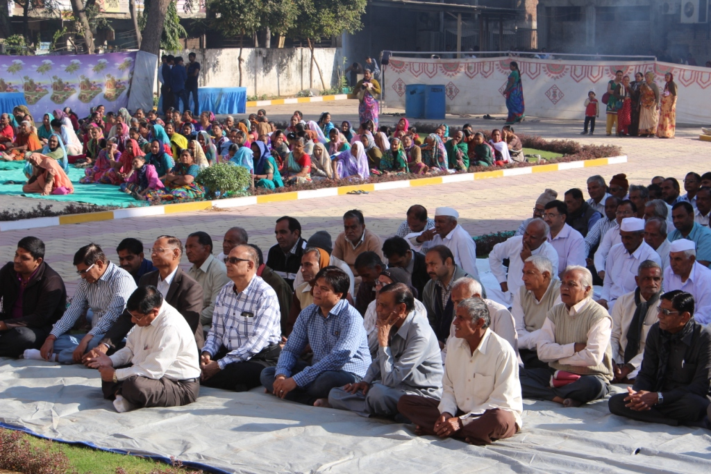 DIVY Sakotsav held on 11-01-2015 at Mahesana Temple